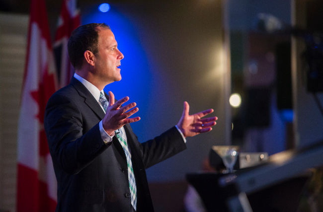 St. Catharines mayor Walter Sendzik gives the State of the City address at Club Roma on, January 29, 2016. Julie Jocsak/ St. Catharines Standard/ Postmedia Network