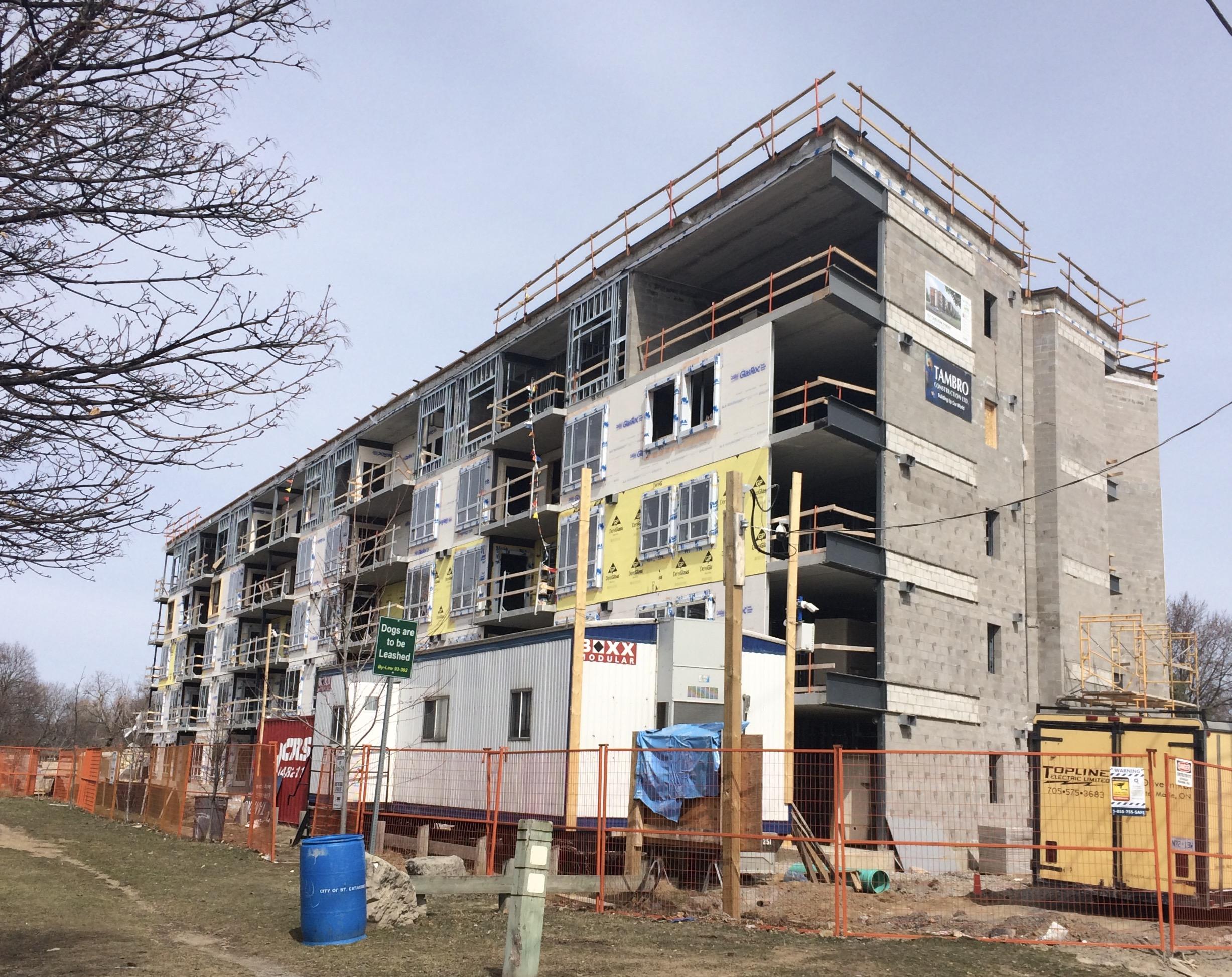 Niagara Regional Housing Carlton St. construction